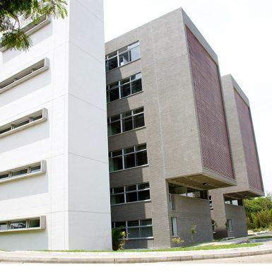 Edificio de Caracterización de Materiales Universidad Nacional