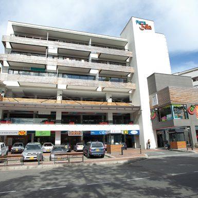 Mall Piazza Bella